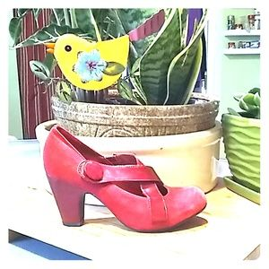 GIANNI BINI RED SUEDE MARY JANE PUMPS 6.5 #G031F